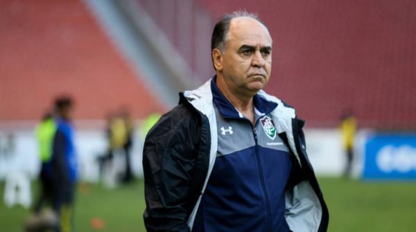 Com a derrota agregada de 4 a 0 para o Atlético-PR na semi da Copa Sul-Americana, Marcelo Oliveira foi demitido do Fluminense (Crédito: Lucas Merçon/AFP)