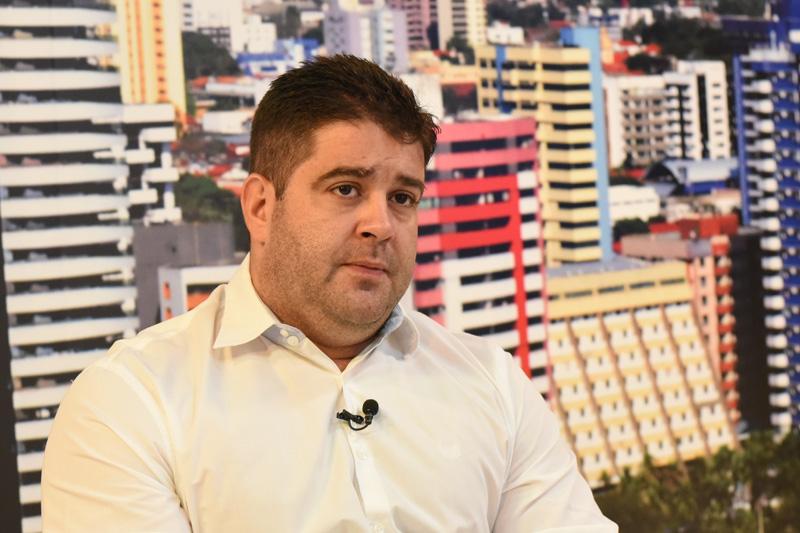 Bolsonaro ficará 3h em Parnaíba; aliados organizam caravanas