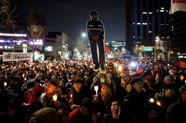 Milhares marcham na Coreia do Sul pedindo saída da presidente