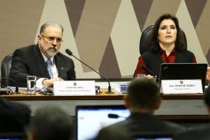 CCJ do Senado aprova nome de indicado por Bolsonaro para a PGR
